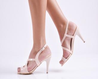 Дамски елегантни сандали еко лак пудра