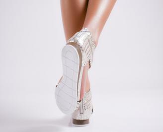 Дамски равни  сандали естествена кожа златисти 3