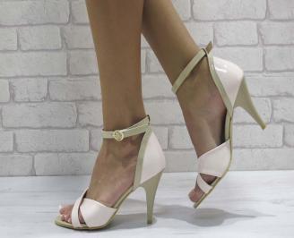 Дамски елегантни сандали еко кожа/лак пудра