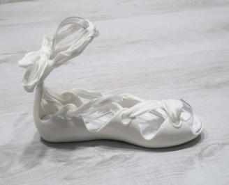 Дамски сандали бели 3