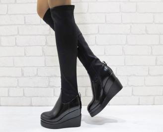 Дамски ботуши на платформа черни от еко кожа и сатен