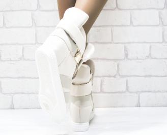 Дамски обувки  на платформа еко набук бежови 3