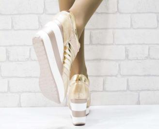 Дамски обувки  на платформа  бежови 3