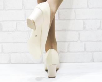 Дамски елегантни обувки еко кожа бежови