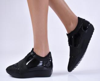 Дамски спортни обувки  еко кожа/текстил черни