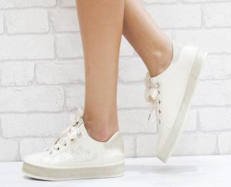 Дамски спортни обувки еко кожа бежови