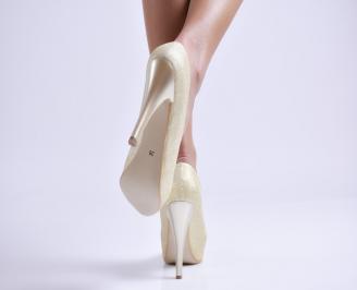 Дамски елегантни обувки еко кожа/брокат златисти 3