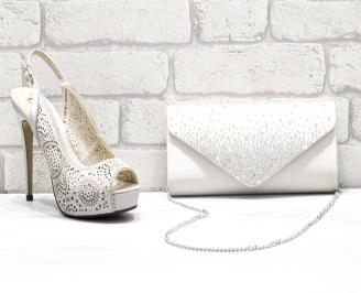 Комплект дамски сандали  и чанта еко кожа/сатен бежови