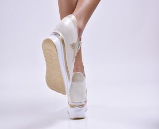 Дамски обувки на платформа естествена кожа бежови 3