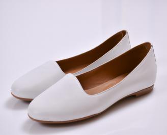 Дамски обувки Гигант равни естествена кожа бели