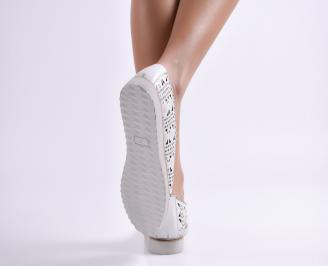 Дамски обувки равни естествена кожа бели 3