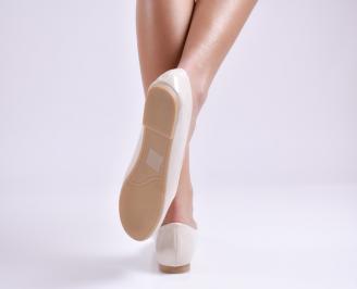 Дамски обувки равни еко лак бежови 3
