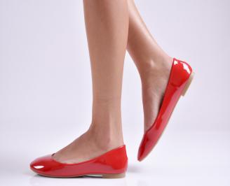 Дамски обувки равни еко лак червени