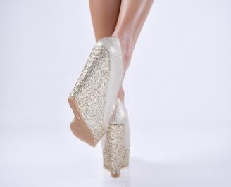 Дамски елегантни обувки   еко кожа златисти 3