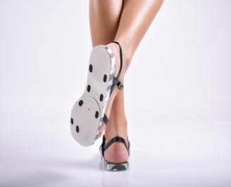 Дамски равни  сандали черни 3