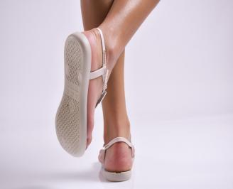 Дамски равни  сандали бежови 3