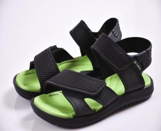 Детски сандали черни