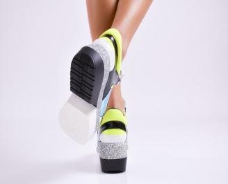 Дамски обувки на платформа еко кожа шарени