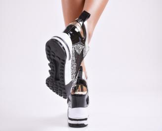 Дамски обувки на платформа еко кожа/лак черни