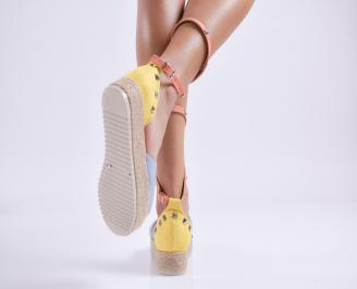 Дамски равни сандали  набук шарени 3