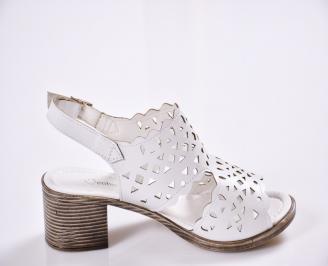 Дамски  сандали  Гигант  еко кожа  бели