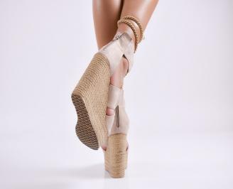 Дамски  сандали на платформа  набук бежови 3