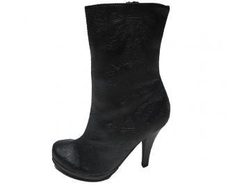 Дамски елегантни боти  черни
