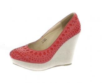 Дамска обувка на платформа  еко кожа червени
