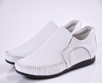 Мъжки обувки официални естествена кожа бели