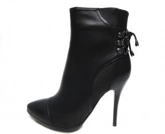 Дамски елегантни боти еко кожа черни