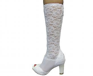 Дамски елегантни ботуши бели дантела