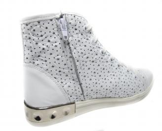 Дамски обувки бели естествена кожа 3