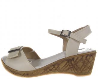 Дамски сандали-Гигант бежови еко кожа