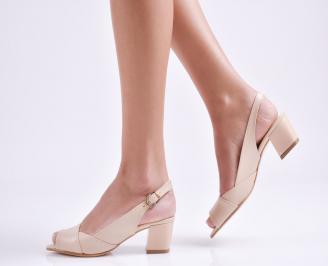 Дамски сандали на ток бежови еко кожа