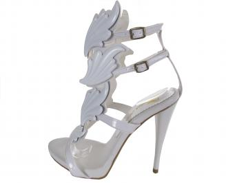 Дамски елегантни сандали на ток еко кожа/лак бели
